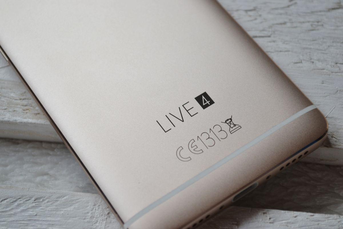 Live 4S