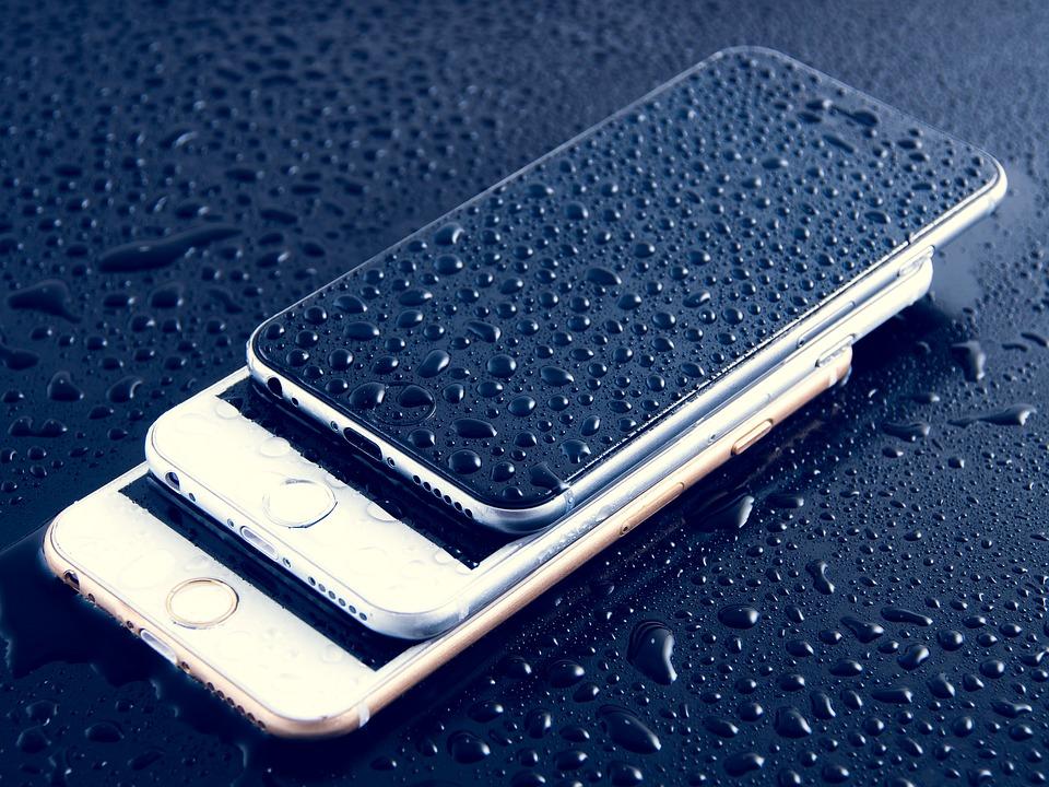 zalany telefon