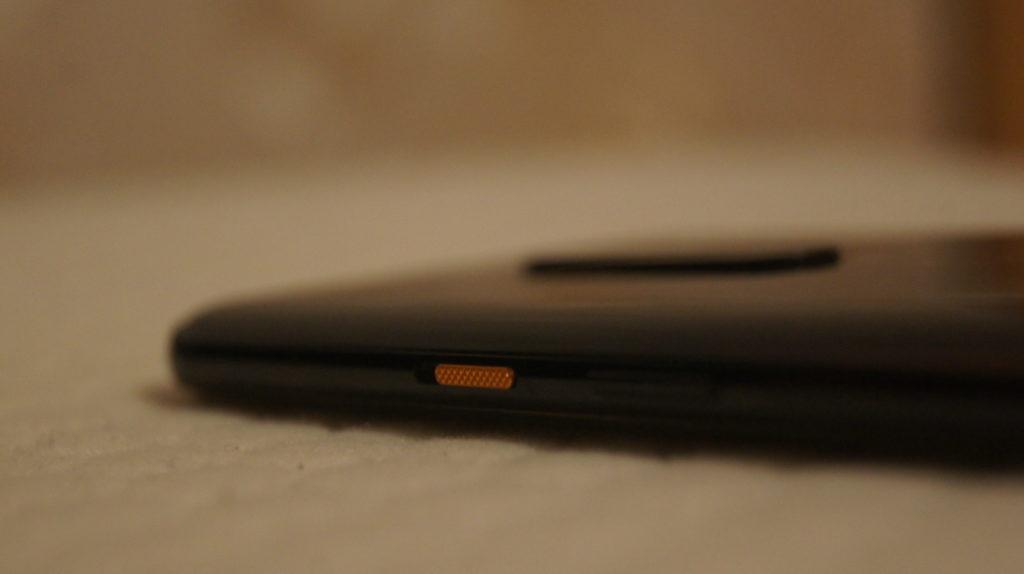 OnePlus 7T Pro McLaren Edition design_5