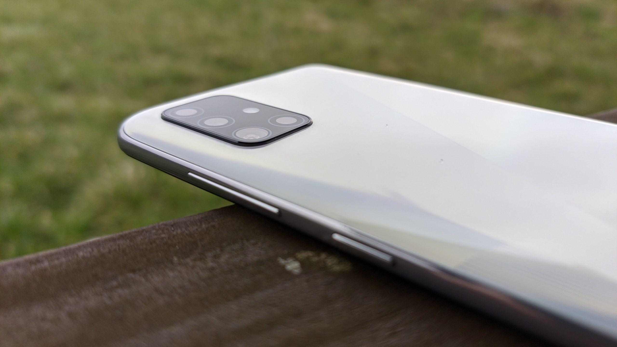 Galaxy A51 design3