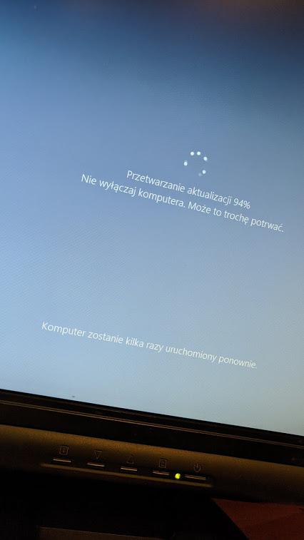 Windows 10 20H2 Updating Process Via Tool 3